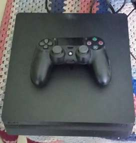 Playstation 4 new condition with with 4 popular games