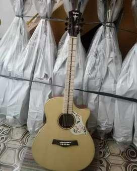 Gitar akustik natural glosi