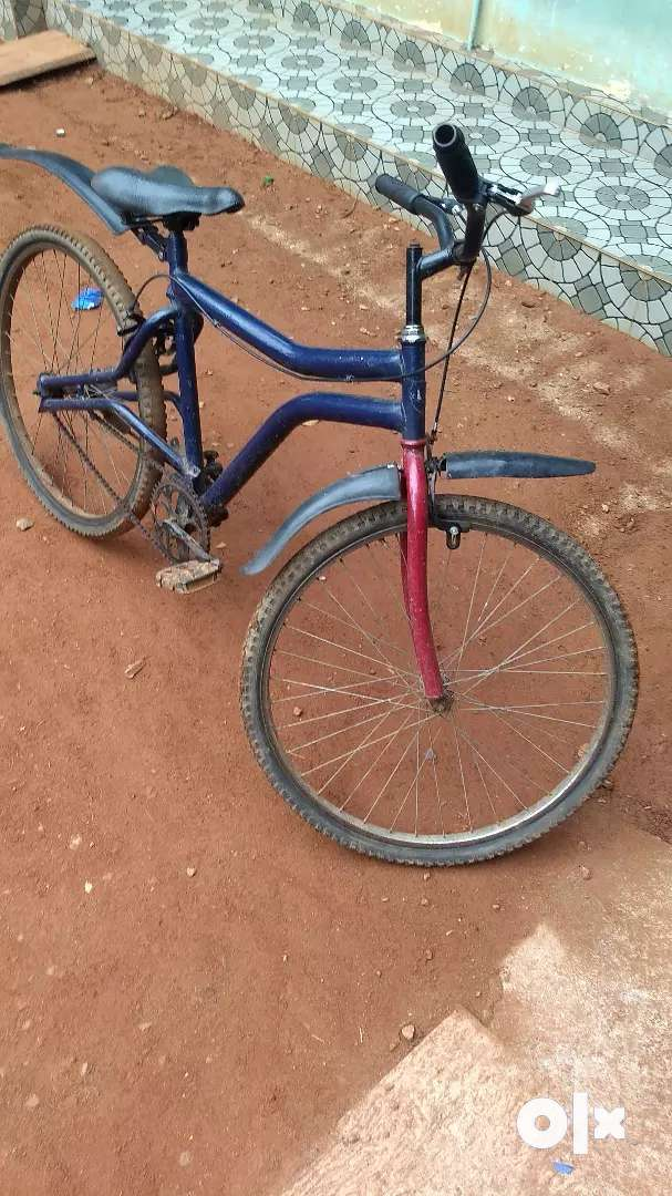 Full condition frond Tyre good back Tyre average 0