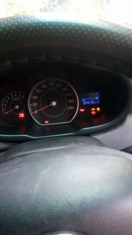 Hyundai i10 2013 CNG & Hybrids Well Maintained