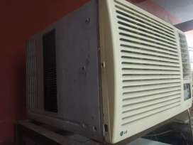 LG 1.0 TON WINDOW AC FULLY WARKING CONDITION ONLY 7000/-