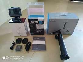 Di Jual GoPro HERO 5 Black + GoPro 3-way Grip/Arm/Tripod Original