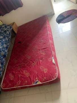 Sleepezz mattress with good condition