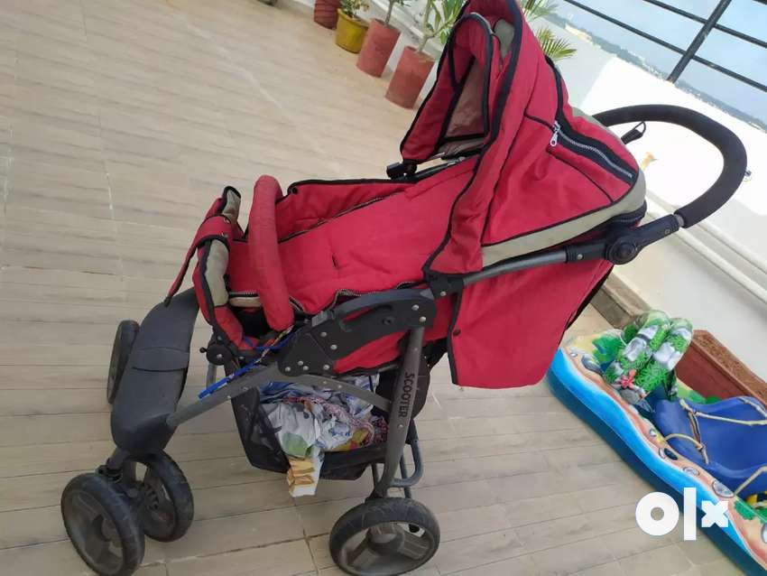 FOLDABLE IMPORTED KIDS PRAM NAMED SCOOTER  WITH BRAKE. 0