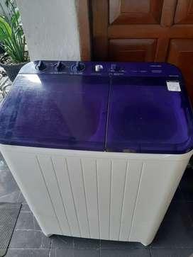 Mesin cuci dua tabung 9,5Kg siap pakai murah Toshiba