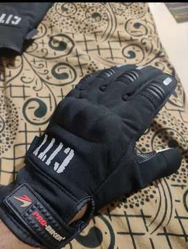 Riding gloves 100% water proof