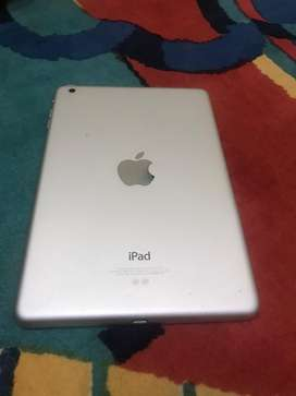 Ipad mini 2 available in a good condition