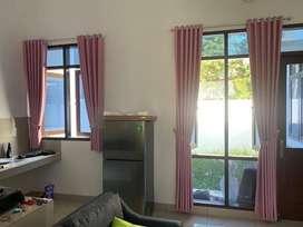 Curtain dan Wallpaper Dinding Gratis Pasang Gorden Hordeng Korden    .