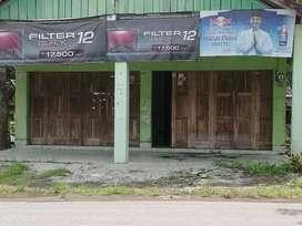 Kios Pinggir Jalan Rame