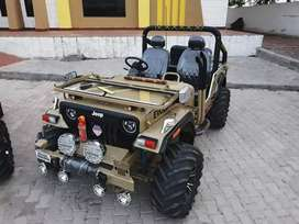 Open and close Jeep ready on your booking