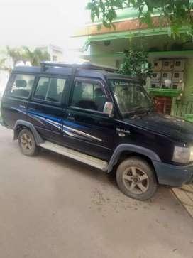 Toyota Qualis 2001