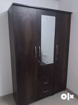 Call to order 3doar wardrobes