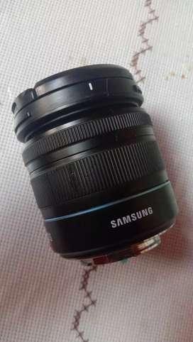 Lensa kit bawaan samsung nx300 (kondisi rusak)