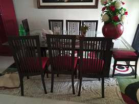 8 seater dinning table for sale