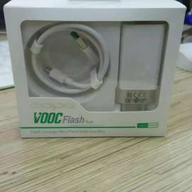 Charger Oppo VOOC Flash F3 F5 F7 F9 F11 Fast Charging Output 4.0A