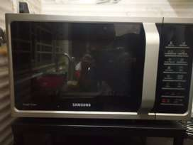 Convection microwave oven 28Lt.