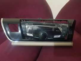 Toyota xli CD player original and brand new condition