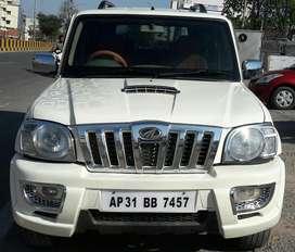 Mahindra Scorpio SLE BS-IV, 2009, Diesel