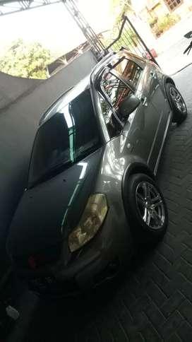 Jual mobil xover tahun 2010
