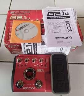 Effek bass Zoom b2.1u