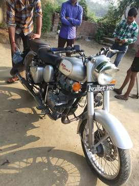 Bullet 350 is in very good condition guys hurry up