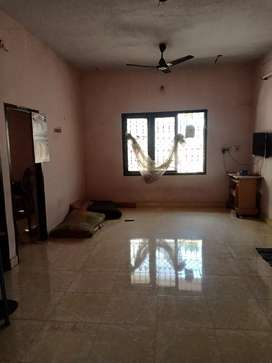 2BHK,24×7 WATER,WI-FI,LED TV, JUST 2200 FOE BACHELOR ROOM SHARING