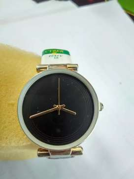 Zalora Watch for ladies - water resistant