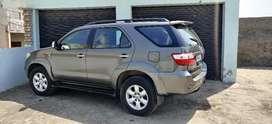 Toyota Fortuner 2010 Diesel 177000 Km Driven