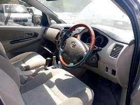 Toyota Innova G AT 2010 (harga lelang)