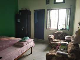 rooms for rent  small family or bachelors are allowed