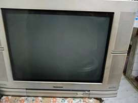 I WANT TO SELL T.V