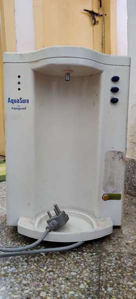 Water Purifier and Water Heater (2 items)