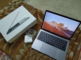 13.3 MacBook Pro