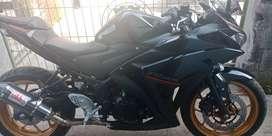 Yamaha R25 kondisi mulus