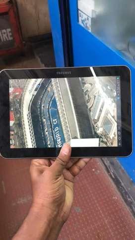 Samsung GT-P7300 tablet