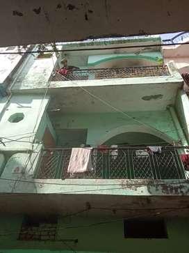 16×32 house. Adarsh colony ghas mandi. Total 7 rooms.
