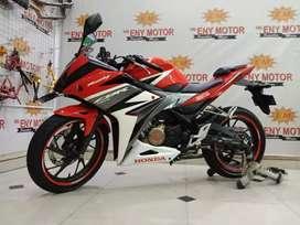 06.Honda CBR150 bergaransi *ENY MOTOR*