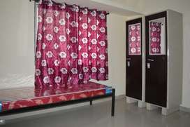 Gents Hostel With Quality Food & Hygiened Rooms Available