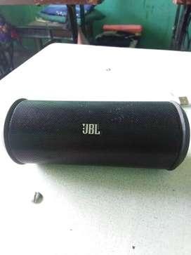 Good condition JBL speakers