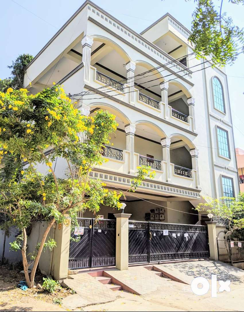 Independent house G+2+P with 300 sq.yds - 6 flats -  Rs.65,000 rental 0