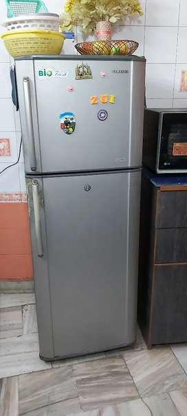 Samsung Double Door 265 Litres