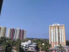 2 Rooms available in 3 Bhk flat in Heera Infocity apartments