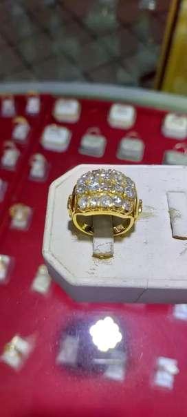 Terima jual emas dan berlian dari toko lain.tanpa surat siap COD an
