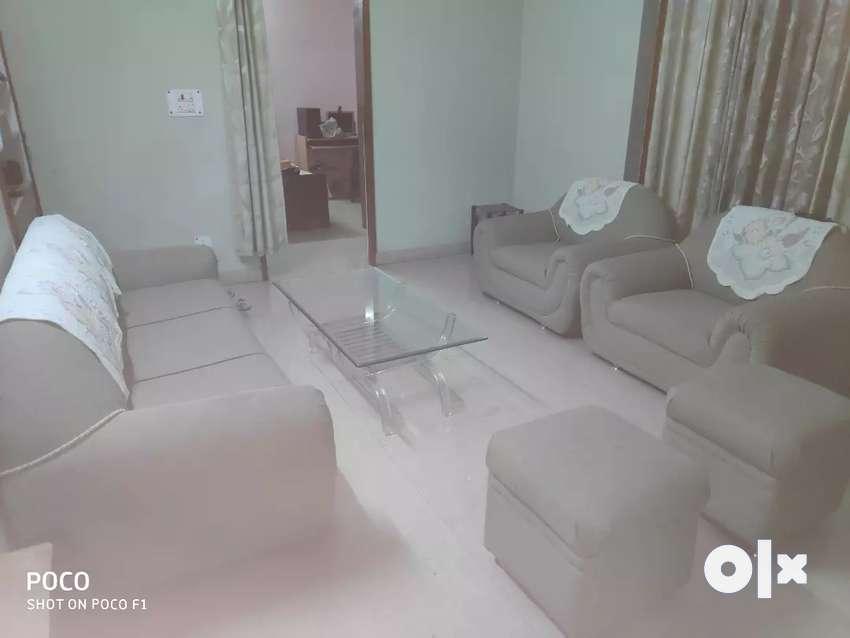 3+2+2 sofa 0