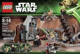 LEGO Star Wars Duel on Geonosis with Jedi & Lightsabers 75017