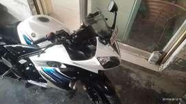 R15 1 hand bike
