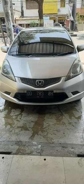 dijual Mobil Honda jazz  GEB 1.5 E AT abu2 MUD MET  thn 2010,hrg nego.