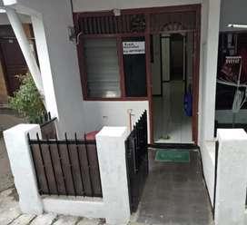 Dikontrakkan Rumah dekat ITC Fatmawati PIM Blok M