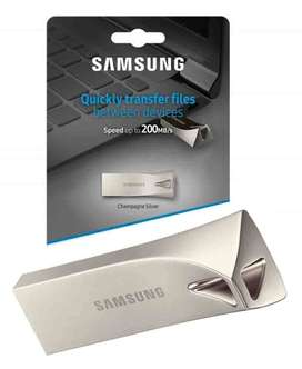 32 GB Samsung BAR Plus 3.1 USB with 1 year warranty