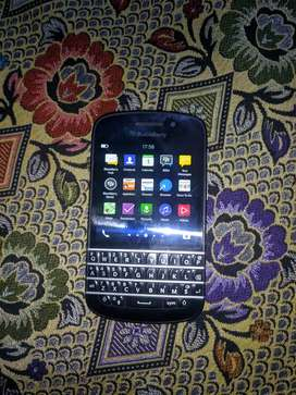 black berry q 10 touch n type